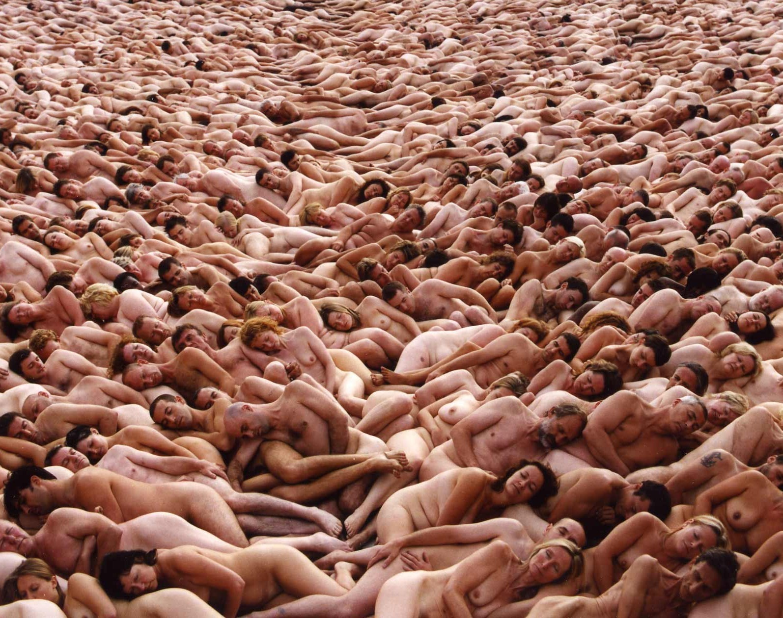 20091106185512-spencer-tunick.jpg