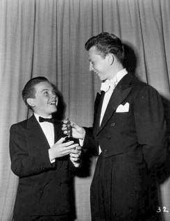 Bobby Driscoll y Donald O'Connor en 1950
