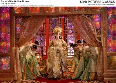Chung Man Yee, por Curse of the Golden Flower