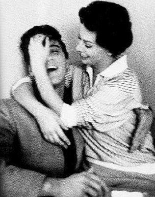 Elvis y Sophia