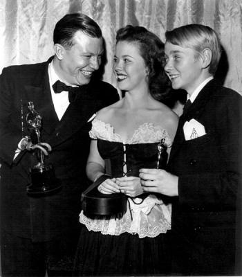 Harold Russell, Shirley Temple y Claude Jarman, 1947