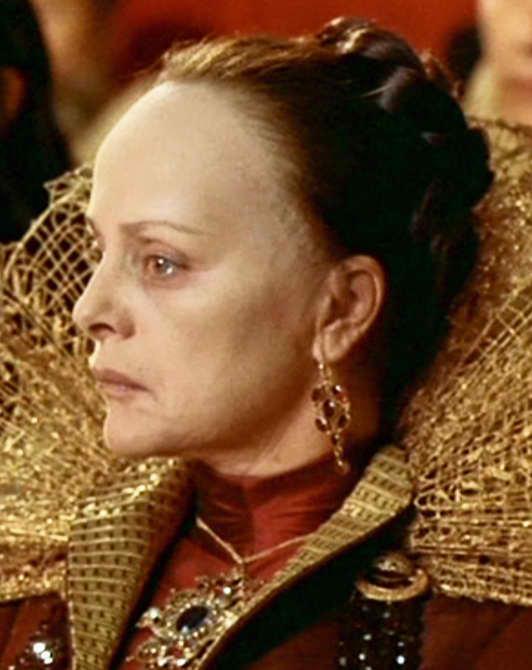 Virna Lisi en La reina Margot