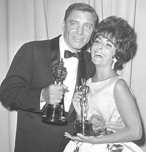 Burt Lancaster y Liz Taylor